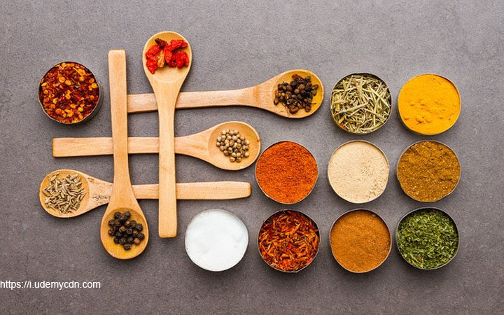Get Acquainted With Culinary Herbs Through Online Training Courses
